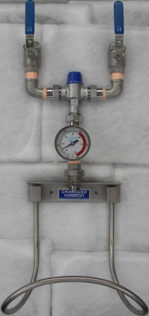 Thermostatic hot and cold water mixer, NL-1070 series